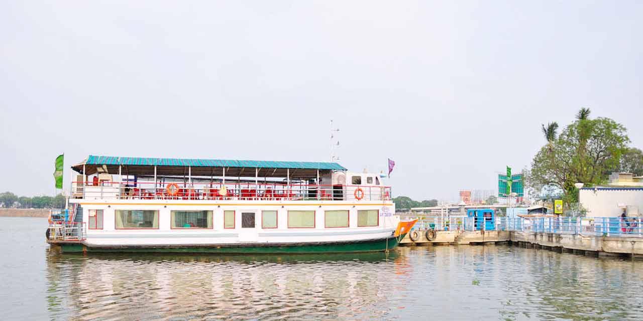Lumbini Park Hyderabad, timings, entryfee, entry ticket cost